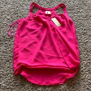 2 for $10 NWT Tank Tops
